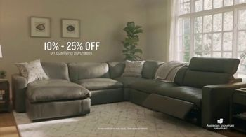 American Signature Furniture Black Friday Sale TV Spot, 'Great Moments' - Thumbnail 5
