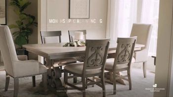 American Signature Furniture Black Friday Sale TV Spot, 'Great Moments' - Thumbnail 7