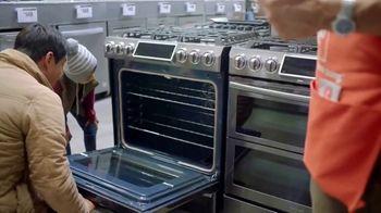 The Home Depot Black Friday Savings TV Spot, 'Major Appliances and Laundry Pair' - Thumbnail 5