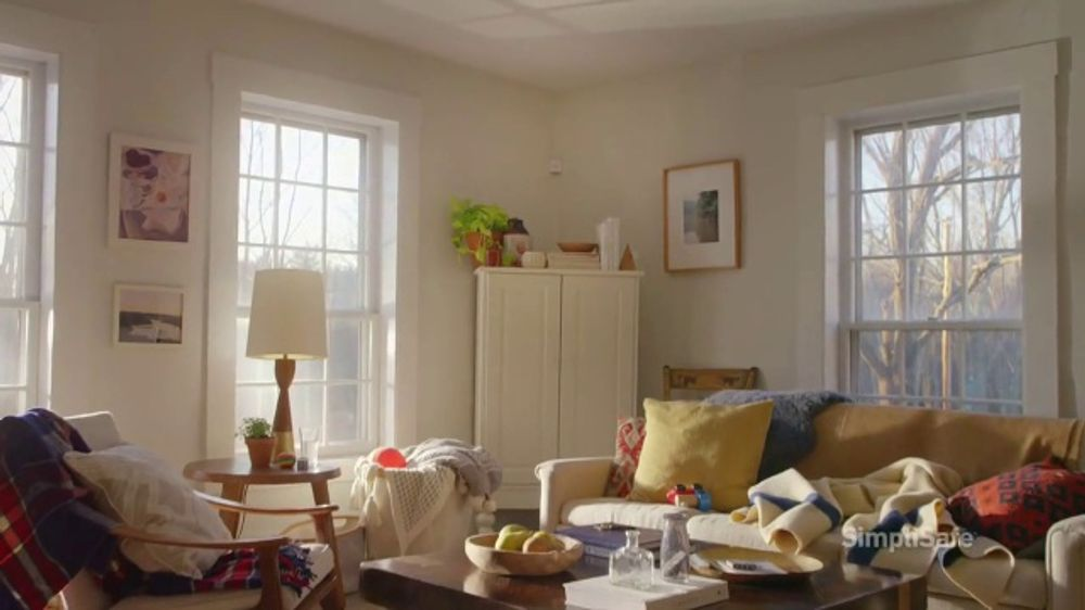 SimpliSafe TV Commercial, 'Home Sweet Home: 25 Percent Off'