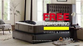 Ashley HomeStore Black Friday Mattress Sale TV Spot, 'Free Box Spring' - Thumbnail 5