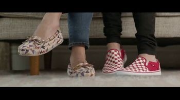 Famous Footwear TV Spot, 'Joy: BOGO' - Thumbnail 3