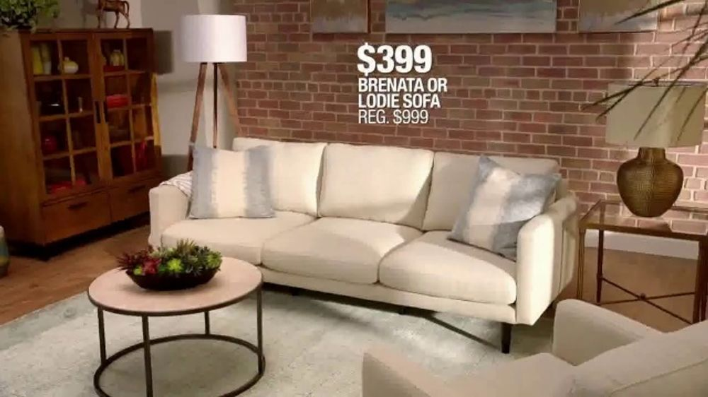 Macyu0027s Black Friday TV Commercial, U0027Sofas, Queen Bed And Adjustable Baseu0027    ISpot.tv