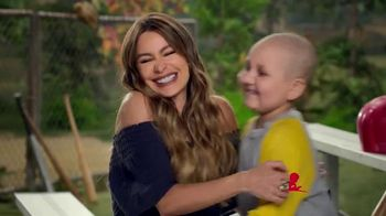 St. Jude Children's Research Hospital TV Spot, 'Reasons to Donate' Featuring Sofia Vergara, Marlo Thomas - Thumbnail 7