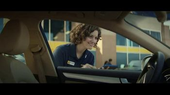 CarMax TV Spot, 'Wouldn't Leave You Hanging' - Thumbnail 9