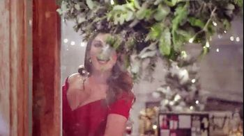 Baylis & Harding TV Spot, '2018 Christmas' Featuring Kelly Brook, Song by Jessie J - Thumbnail 6