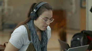 Dell Inspiron Chromebook 14 2-in-1 TV Spot, 'I'm Dying: Dell' - Thumbnail 2