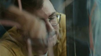 Dell Inspiron Chromebook 14 2-in-1 TV Spot, 'I'm Dying: Dell' - Thumbnail 7