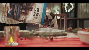 Chewy.com TV Spot, '2018 Holidays: All I Want for Christmas' - Thumbnail 5