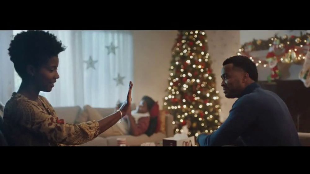 Helzberg Diamonds TV Commercial, 'Holidays: Shop Gift Guides