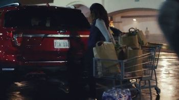 Ford Built for the Holidays Sales Event TV Spot, 'Both Sides' [T1] - Thumbnail 3