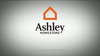 Ashley HomeStore Black Friday Sneak Peek TV Spot, 'Beat the Crowds' - Thumbnail 8