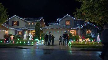 The Home Depot Black Friday Savings TV Spot, 'Toques mágicos: inflables' [Spanish] - Thumbnail 7