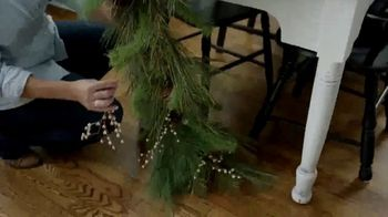 Hobby Lobby TV Spot, 'Christmas: Farmhouse Tablescape' - Thumbnail 5
