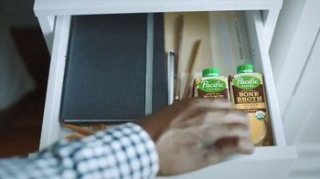 Pacific Foods Organic Bone Broth TV Spot, 'It's All That' - Thumbnail 8
