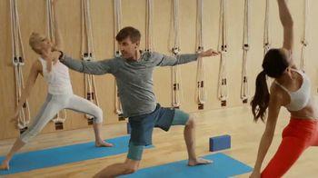 Garmin vívoactive 3 Music TV Spot, 'Yoga' - Thumbnail 3