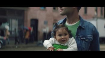 Amazon Black Friday Deals Week TV Spot, 'Holidays: Can You Feel It' - Thumbnail 4