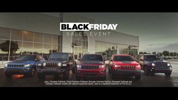 Jeep Black Friday Sales Event TV Spot, 'No Limit' Song by Black Rebel Motorcycle Club [T2] - Thumbnail 7