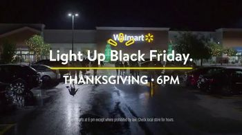 Walmart Black Friday TV Spot, 'Light It Up' Song by The Rolling Stones - Thumbnail 9