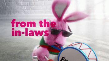 Energizer TV Spot, 'In-Laws' - Thumbnail 6