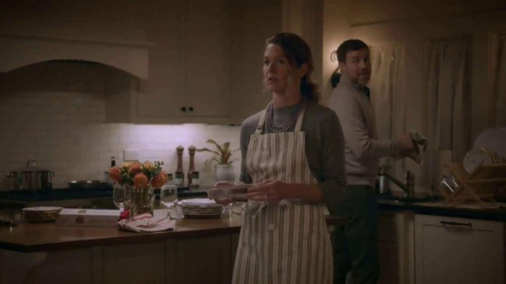 Publix Super Markets TV Spot, Catching Up: A Publix Thanksgiving Story - Screenshot 7