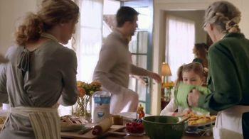 Publix Super Markets TV Spot, 'Catching Up: A Publix Thanksgiving Story' - Thumbnail 2