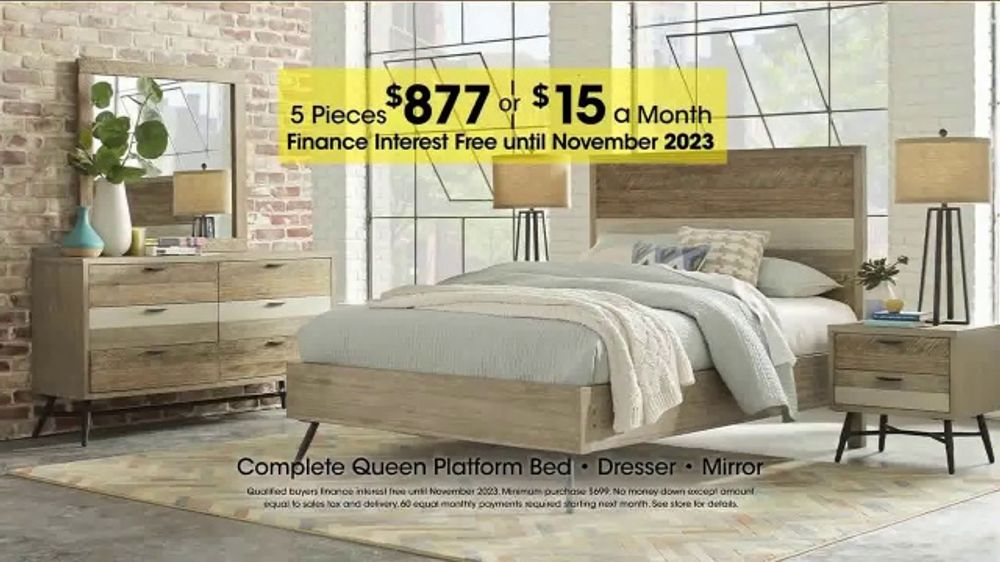 rooms to go holiday sale tv commercial 39 five piece bedroom 39. Black Bedroom Furniture Sets. Home Design Ideas