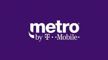 Metro by T-Mobile TV Spot, 'Wildebeests: MetroPCS is Now Metro by T-Mobile' Song by Usher - Thumbnail 9