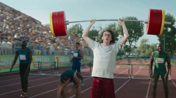 GEICO Car Insurance TV Spot, 'Weightlifter Wins Track Race' - Thumbnail 9