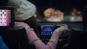 Chrysler Black Friday Sales Event TV Spot, 'Caroling' Featuring Kathryn Hahn [T2]
