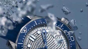 OMEGA Seamaster Diver 300M TV Spot, 'Depth-Defying Beauty' - Thumbnail 5