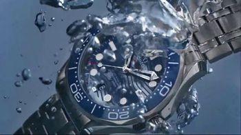 OMEGA Seamaster Diver 300M TV Spot, 'Depth-Defying Beauty' - Thumbnail 8