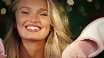 Victoria's Secret TV Spot, '2018 Holidays: PJ Purchase' Song by Alex Adair - Thumbnail 4