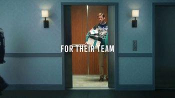 NFL Shop TV Spot, 'Elevator' - Thumbnail 9