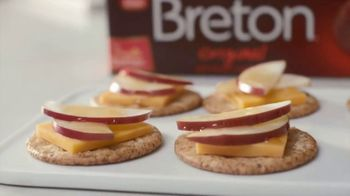 Breton Original TV Spot, 'Appetizers: Cheddar, Apple and Honey Crackers' Featuring Kayne Raymond - 135 commercial airings
