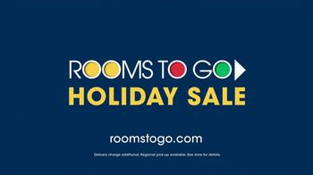 Rooms to Go Holiday Sale TV Spot, 'Upholstered Queen Beds' - Thumbnail 8