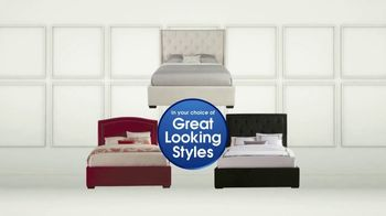 Rooms to Go Holiday Sale TV Spot, 'Upholstered Queen Beds' - Thumbnail 5