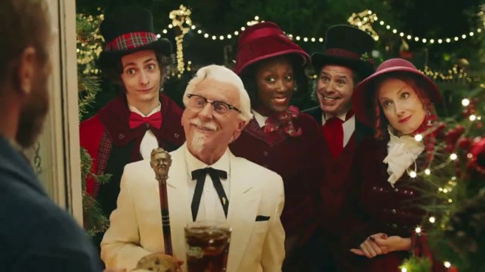 Kfc Christmas Carol Commercial 2020 KFC $5 Full Up TV Commercial, 'Carolers'   iSpot.tv