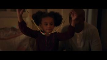 Macy's TV Spot, 'Wonder of Giving: Necklace' - Thumbnail 7