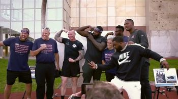 NFL TV Spot, 'Salute to Service: 2018 USO Tour' Featuring Latavius Murray - Thumbnail 7