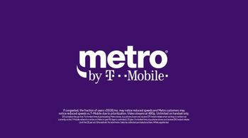 Metro by T-Mobile TV Spot, 'Wildebeests: Two Free Phones' Song by Usher - Thumbnail 9