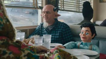 Spectrum Mobile TV Spot, 'Monsters: Diner'
