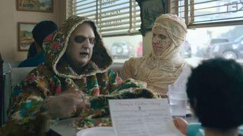 Spectrum Mobile TV Spot, 'Monsters: Diner' - Thumbnail 5