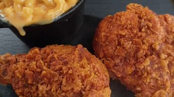 Banquet Mega Meats Nashville Hot Fried Chicken with Mac 'N Cheese TV Spot, 'Bold Spices' - Thumbnail 1