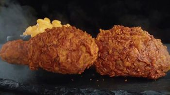 Banquet Mega Meats Nashville Hot Fried Chicken with Mac 'N Cheese TV Spot, 'Bold Spices' - Thumbnail 4