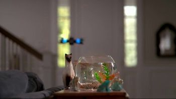 Cox Communications Panoramic WiFi TV Spot, 'Mama's House' Feat. Wild Willy - Thumbnail 8
