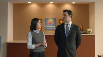 Choice Hotels Fall Travel Deal TV Spot, 'Touchdown' - Thumbnail 2