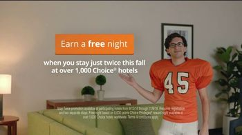 Choice Hotels Fall Travel Deal TV Spot, 'Touchdown' - Thumbnail 8
