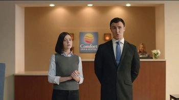 Choice Hotels Fall Travel Deal TV Spot, 'Touchdown' - Thumbnail 9