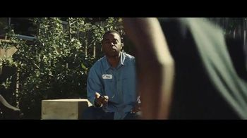 Gillette TV Spot, 'Shaquem Griffin: Your Best Never Comes Easy' - Thumbnail 3